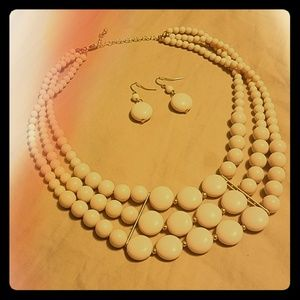 Jewelry - NWOT Cream & Gold Necklace and Earrings